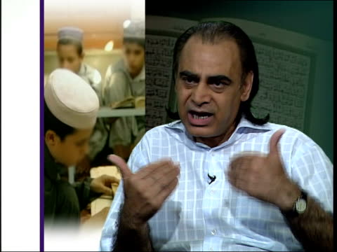 vídeos de stock, filmes e b-roll de pakistan connection; england: london: gir: ziauddin sardar interview sot - i don't think it is possible that you can go into a madrassa and over... - madressa