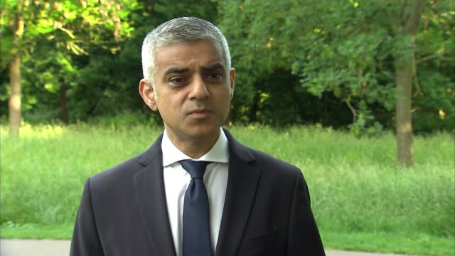 donald trump criticizes sadiq khan via twitter england london ext sadiq khan statement sot londoners will see an increased police presence today and... - sadiq khan stock-videos und b-roll-filmmaterial