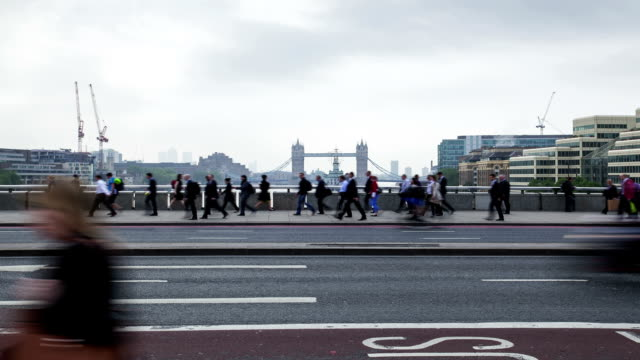 London Bridge during Rush Hour, time lapse