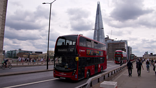 london bridge. red bus. the shard - double decker bus stock videos & royalty-free footage