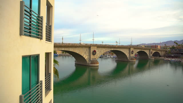 london bridge relocated from england to lake havasu - bridge built structure stock videos & royalty-free footage