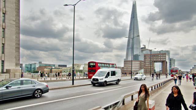 london bridge. traffic. people. - double decker bus stock videos & royalty-free footage
