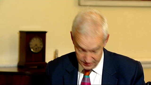 vídeos y material grabado en eventos de stock de cabinet office: int nick clegg mp interview sot - we changed the policy on tuition fees before the election / we didn't go into the election... - number 9