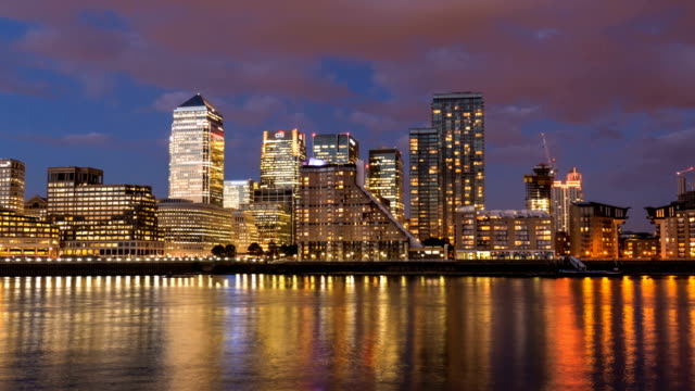 London Canary Wharf at sunset, Time Lapse