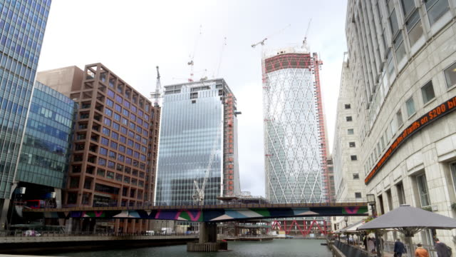 london canary wharf one bank street and newfoundland quay skyscrapers under development - canary wharf stock videos & royalty-free footage