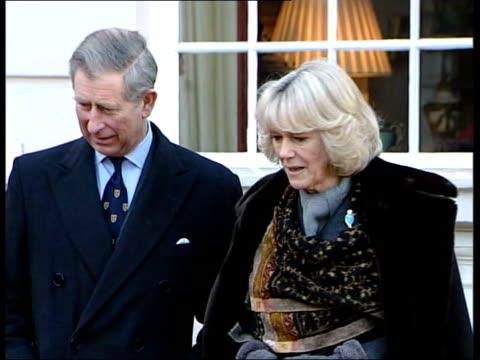 london clarence house ext prince charles, prince of wales and camilla parker bowles, wearing black coat prince charles and camilla posing with husky... - コーンウォール公爵夫人 カミラ点の映像素材/bロール