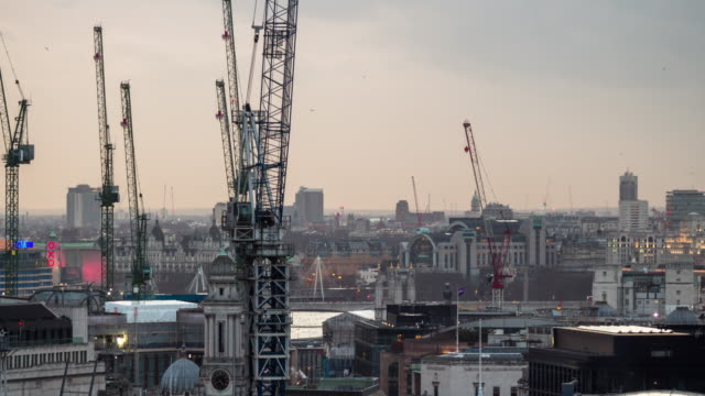 London Construction Cranes - Timelapse