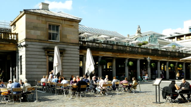 london covent garden outdoor cafe (4k/uhd to hd) - pavement cafe stock videos and b-roll footage