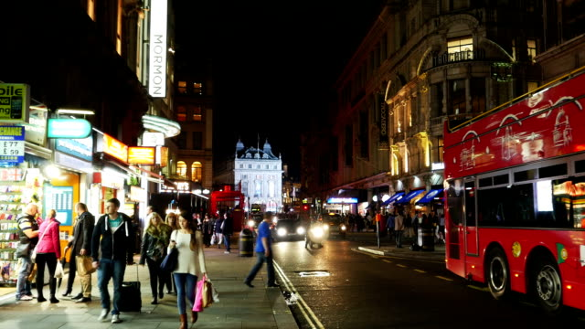 london coventry street at night (4k/uhd to hd). - coventry stock-videos und b-roll-filmmaterial