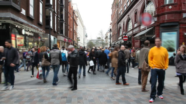 london crowd walking time lapse - high street stock videos & royalty-free footage