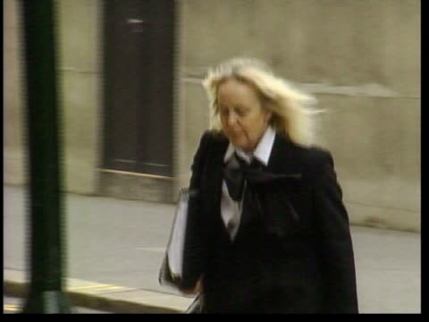 london: defence barrister baroness mallalieu qc across - 男爵夫人点の映像素材/bロール