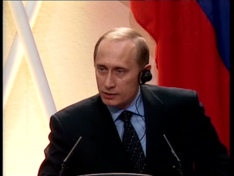 london downing street ms putin and blair out of no10 and cross road pull out int vladimir putin press conference sot this islamic extremist who tries... - wladimir putin stock-videos und b-roll-filmmaterial