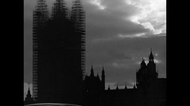 1942 london during wartime - britische kultur stock-videos und b-roll-filmmaterial