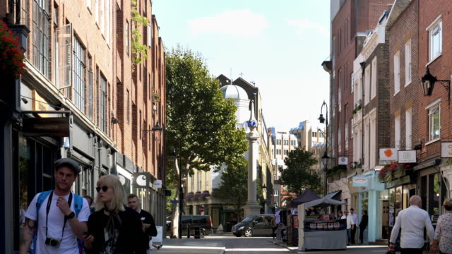 london earlham street to seven dials - monument stock videos & royalty-free footage