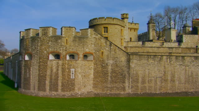 london, englandtower of london - tower of london stock videos and b-roll footage