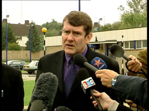 london detective chief superintendent andy murphy statement sot all we can say about the murder weapon is that it is a heavy blunt instrument/ it... - hammer stock videos and b-roll footage
