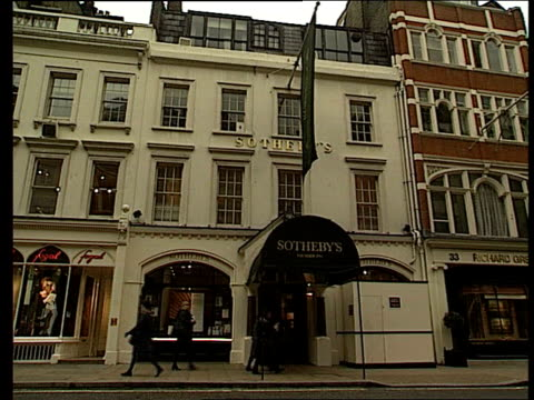 london ext gvs sotheby's auction house order ref t27040019 - サザビーズ点の映像素材/bロール