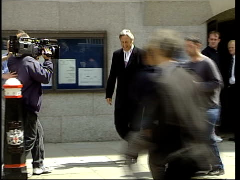 london: ext michael mansfield qc away from old bailey - michael barry stock videos & royalty-free footage