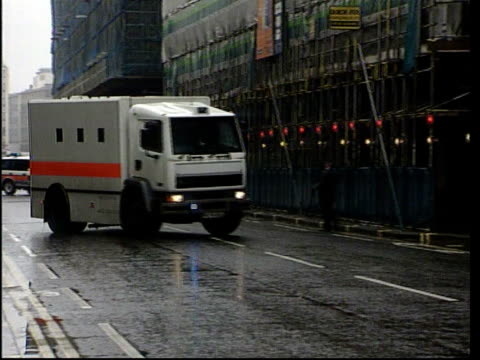 london: ext prison van bringing kenneth noye to court for trial for murder of stephen cameron - kenneth noye stock videos & royalty-free footage