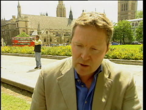 london: ext rory bremner interview sot - gives in various voices his views on what the party leaders are thinking and his personal view on the... - rory bremner stock videos & royalty-free footage