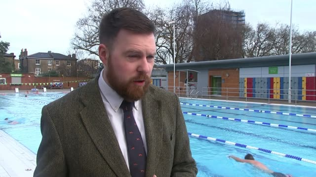 london fields lido reopens after major refurbishment cllr jon burke interview sot - itv london lunchtime news stock-videos und b-roll-filmmaterial