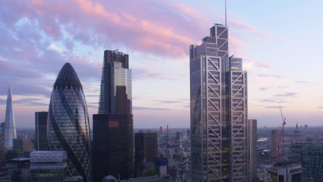 London Financial District.Elevated view. 4K