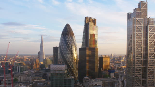 London Financial District.Elevated view.Sunset. 4K