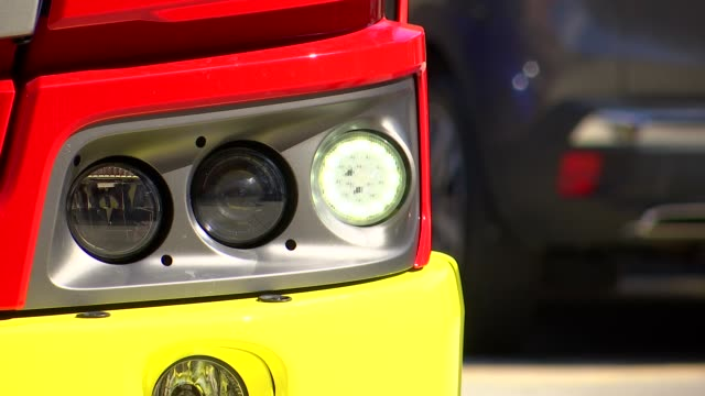 gvs new fire engine model / andy roe interview england london ext gvs demonstration of fire engine with extending tower ladder including lfb branding... - stretching stock videos & royalty-free footage