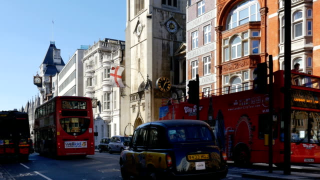london fleet street and the strand - royal courts of justice stock videos & royalty-free footage
