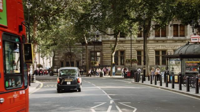 london galleries and theatres - ペディキャブ点の映像素材/bロール