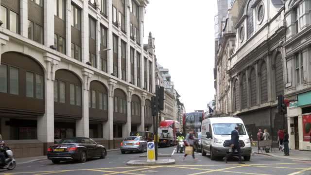 london gracechurch street to the south - pedestrian stock videos & royalty-free footage