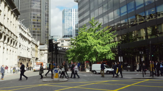 london gracechurch street (uhd) - city of london stock videos & royalty-free footage