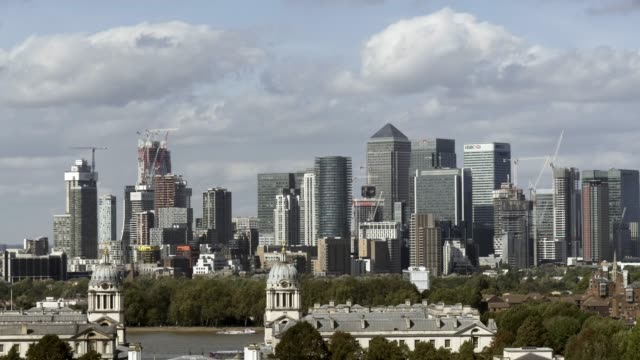 london greenwich and canary wharf skyline - royal navy college greenwich stock videos & royalty-free footage