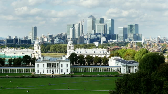 london greenwich and canary wharf skyline (4k/uhd to hd) - royal navy college greenwich stock videos & royalty-free footage