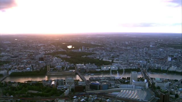 london hd aerial at sunset - hyde park london stock videos & royalty-free footage