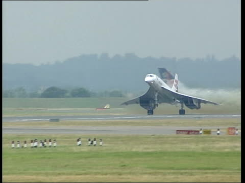 lib england london heathrow airport ext bv british airways concorde aircraft taking off concorde taking off pan - british aerospace concorde stock videos & royalty-free footage