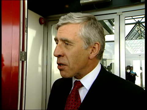 heathrow airport: jack straw mp speaking to press sot - one of the issues which is foremost in my mind is the extent to which government of sudan are... - krishnan guru murthy stock videos & royalty-free footage