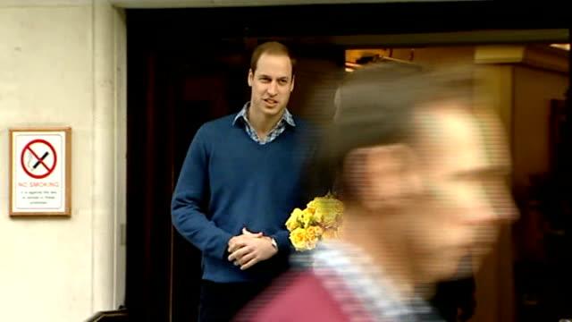 london hospital trials natal hypnotherapy cutaway photography** prince william duke of cambridge and catherine duchess of cambridge leaving hospital... - 催眠状態点の映像素材/bロール