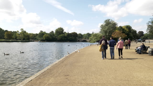 london hyde park and the serpentine lake - hyde park london stock videos & royalty-free footage