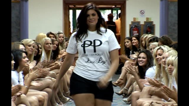 stockvideo's en b-roll-footage met chloe marshall walking towards, through other contestants, during rehearsals for miss england beauty contest - spelkandidaat