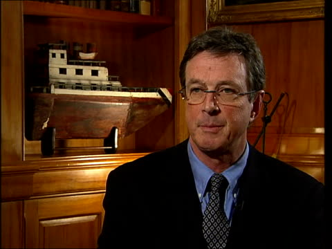 michael crichton interview sot - talks of doubting evidence for global warming which inspired his new book 'state of fear' - uncertainty stock videos & royalty-free footage