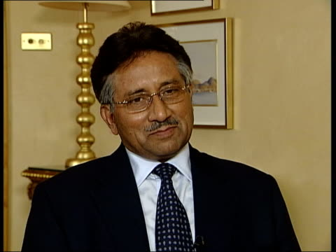london: int hilsum asking question pervez musharraf interviewed sot - one is interacting with them, one has to adopt constitutional measures - there... - wife stock videos & royalty-free footage