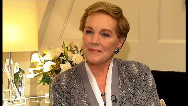 julie andrews interview sot - julie andrews stock videos & royalty-free footage