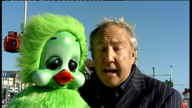keith harris and orville 2-way interview from blackpool sot - keith harris ventriloquist stock videos & royalty-free footage