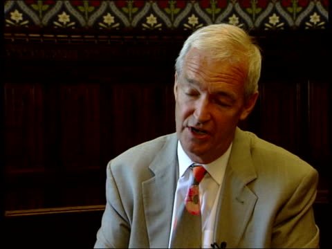 vidéos et rushes de london lord goldsmith interview sot only argument the government is making because this is a provision which was passed by parliament we want to... - événement caritatif