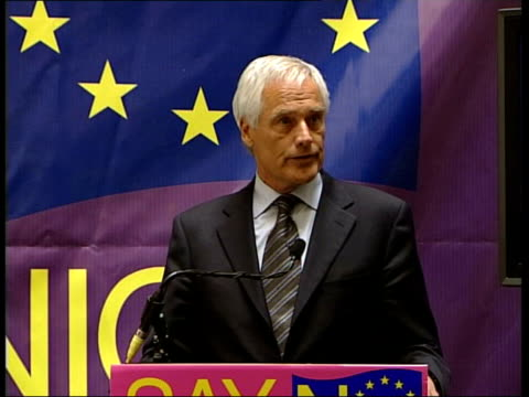 london: int robert kilroy-silk press conference sot - i spend a lot of time in europe , i love the spanish, i don't always trust them, but i do love... - ロバート・キルロイ=シルク点の映像素材/bロール