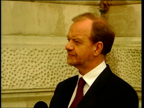 london robin cook mp press conference sot we've made it clear that refugees will be unable to return while significant levels of serb forces remain... - significant stock videos & royalty-free footage