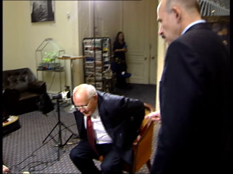 stockvideo's en b-roll-footage met london mikhail gorbachev greeting snow and sitting down for interview mikhail gorbachev interview sot i expressed my concern about the election of... - mikhail gorbachev