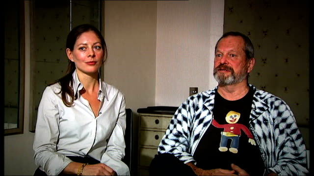 stockvideo's en b-roll-footage met int terry gilliam interview sot we were only calling actors who were close to heath / colin spoke at the memorial for heath - terry gilliam