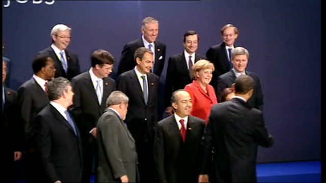 london photography *** world leaders attending the g20 summit onto stage for photocall including barack obama and gordon brown mp end lib - g20 leaders' summit stock videos & royalty-free footage